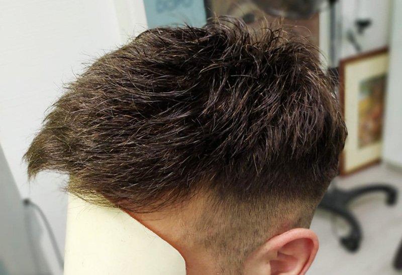 Protesi capelli: come scegliere l'impianto giusto per te